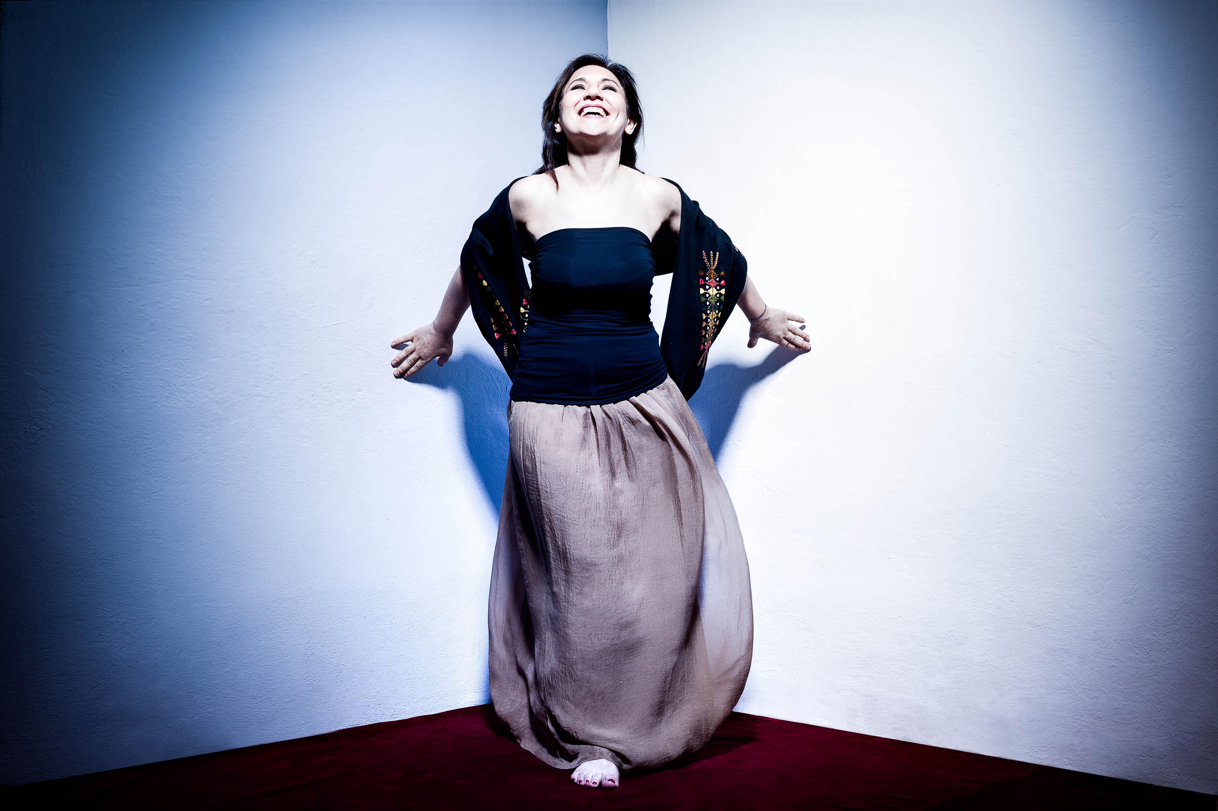 Lantias è il nuovo disco di  Elena Ledda