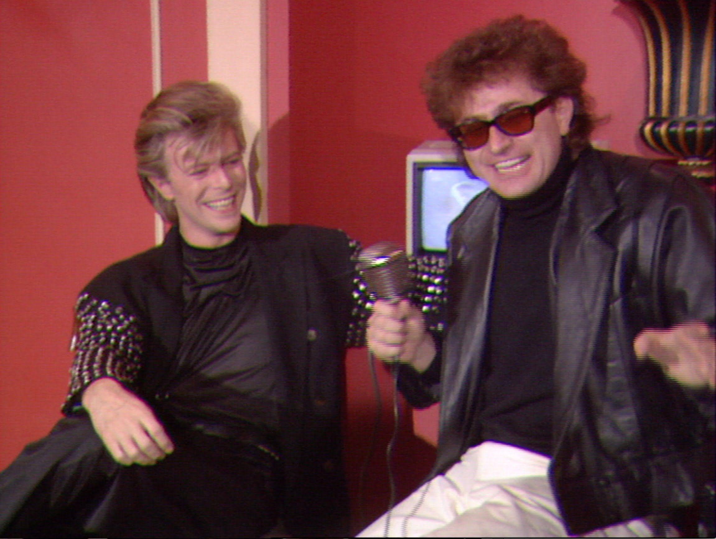 Red Ronnie intervista il grande David Bowie