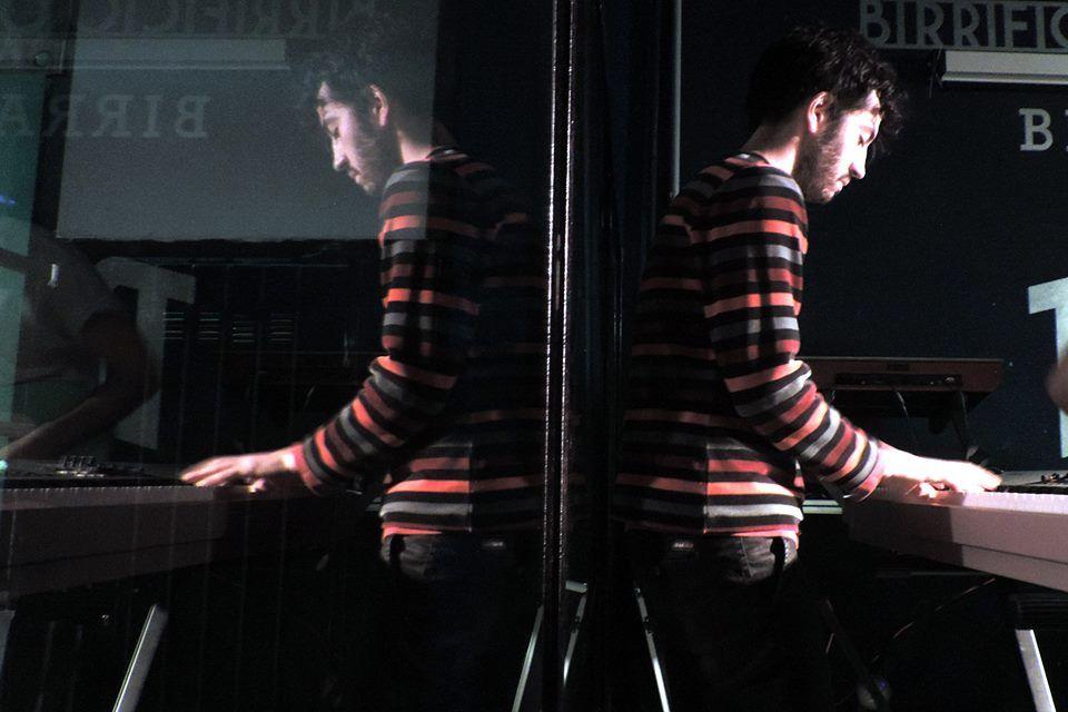 Keep Still è il nuovo singolo dei Makepop :nell'abbandonarsi all'eterno presente c'è la chiave dell'eternità