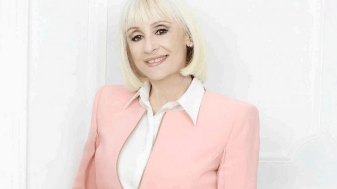 Raffaella Carrà A raccontare comincia tu