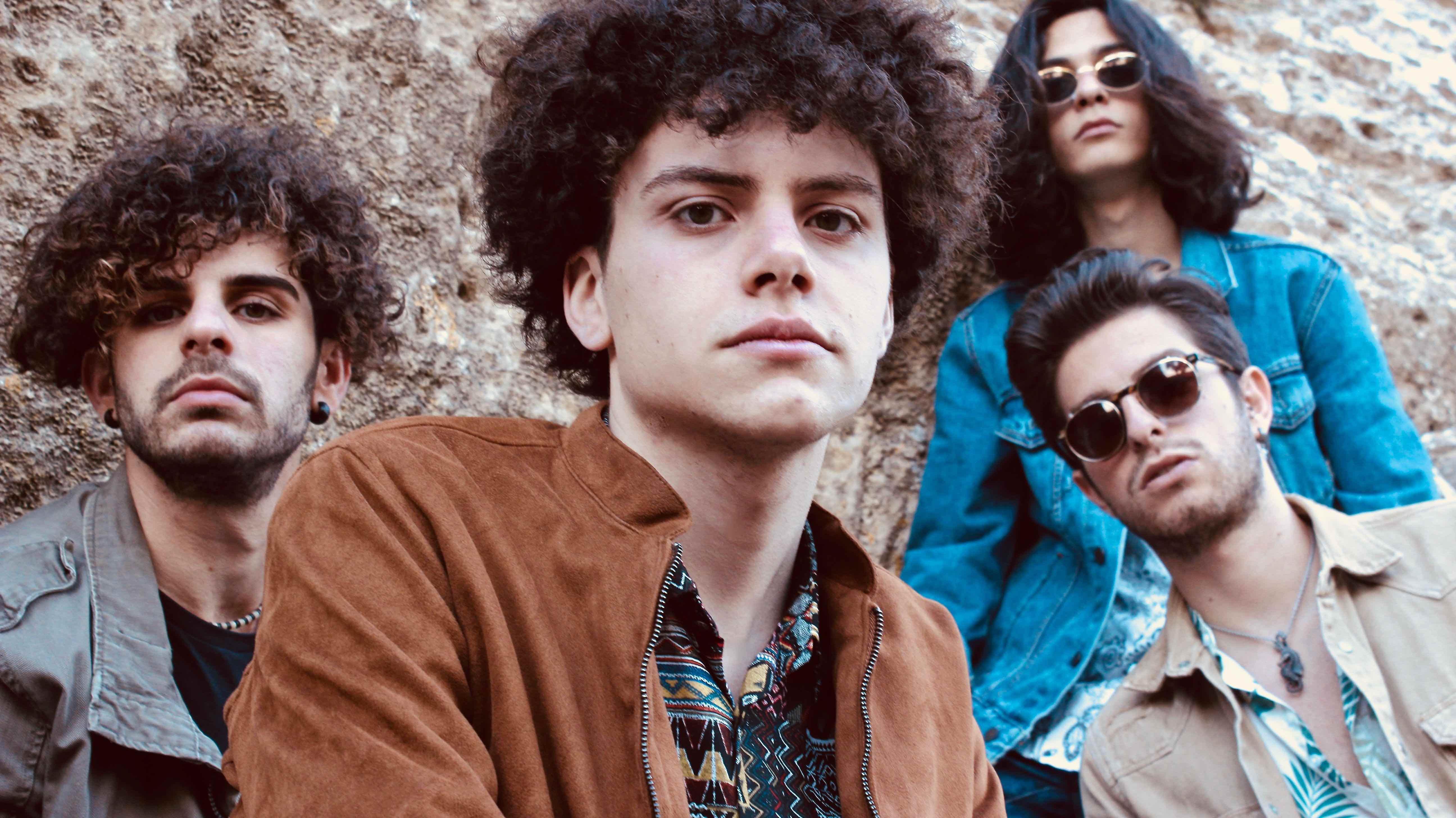 Lo spirito dei Dioniso invade il loro pop-rock